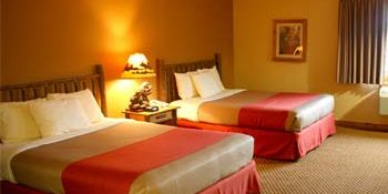 Wi Hotel Resort - 2 Queen Beds